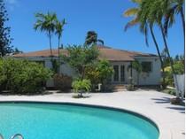 Kat Mülkiyeti for sales at NEW PRICE ~ Paradise Island Single Family Villa for Sale Paradise Island, New Providence/Nassau (Yeni Providence/Nassau) Bahamalar