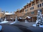 コンドミニアム for  rentals at Woodrun PLace 4 425 Wood Road Unit 4 Snowmass Village, コロラド 81615 アメリカ合衆国