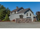 Maison unifamiliale for  sales at Perfect For Horses - Delaware Township 160 Lambertville Headquarters   Stockton, New Jersey 08559 États-Unis