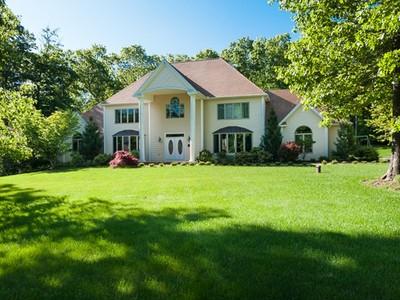Nhà ở một gia đình for sales at Ironwood 60 Ironwood Rd  Guilford, Connecticut 06437 Hoa Kỳ