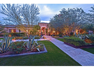 Maison unifamiliale for sales at Exquisite Paradise Valley Estate 6215 N Yucca Rd  Paradise Valley, Arizona 85253 États-Unis