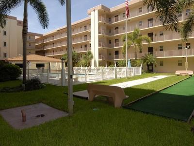 콘도미니엄 for sales at Poinciana by the Sea 4629 Poinciana St. #408 Lauderdale By The Sea, 플로리다 33308 미국