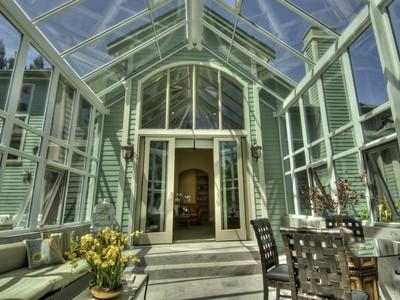 Maison unifamiliale for sales at Car Enthusiasts Dream Home! 270 Arency Court  Danville, Californie 94506 États-Unis