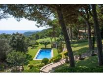 Maison unifamiliale for sales at Luxury property in Aiguablava with sea views    Begur, Costa Brava 17255 Espagne