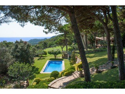 Casa Unifamiliar for sales at Luxury property in Aiguablava with sea views  Begur, Costa Brava 17255 España
