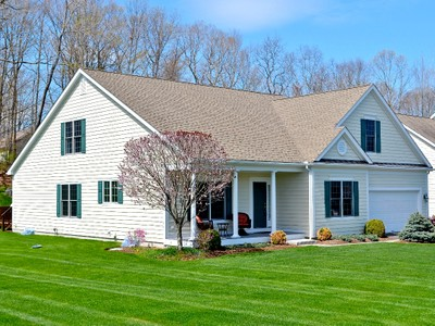 Single Family Home for sales at Picture Perfect Move-in Ready Home 2 Black Swan Ct Brookfield, Connecticut 06804 United States