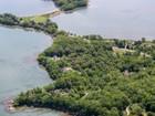 Casa para uma família for  sales at 140 Groves Road  Yarmouth, Maine 04096 Estados Unidos