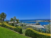 단독 가정 주택 for sales at 2711 Ocean Boulevard    Corona Del Mar, 캘리포니아 92625 미국