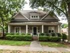 Casa Unifamiliar for sales at Urban Bungalow 404 Brooks Ave Raleigh, Carolina Del Norte 27607 Estados Unidos
