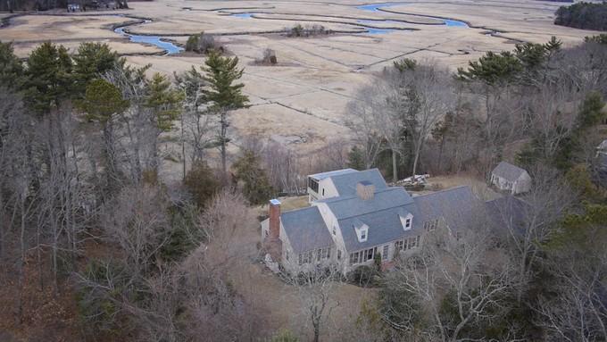 Частный односемейный дом for sales at 54 Onion Hill Road  Duxbury, Массачусетс 02332 Соединенные Штаты