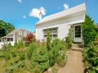 Частный односемейный дом for  sales at Meticulous Cape 14 Picadilly Street Upton, Массачусетс 01568 Соединенные Штаты
