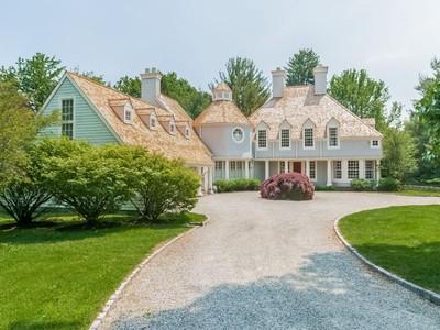 獨棟家庭住宅 for sales at Nirvanna on Hollow Tree 445 Hollow Tree Ridge Road Darien, 康涅狄格州 06820 美國