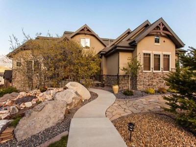 Casa Unifamiliar for sales at Private Aerie Retreat 15467 Winged Trace Ct Draper, Utah 84020 Estados Unidos