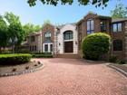 Casa Unifamiliar for  sales at Georgian Colonial Manor 7 Hemlock Drive Alpine, Nueva Jersey 07620 Estados Unidos