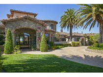 Casa Unifamiliar for sales at 14445 Cypress Point    Poway, California 92064 Estados Unidos