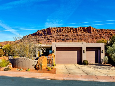 Villa for sales at Beautiful Home in Entrada St George 2405 W Entrada Trl #77 St. George, Utah 84770 Stati Uniti