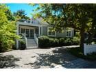단독 가정 주택 for  sales at 17 Winsor Street  Duxbury, 매사추세츠 02332 미국