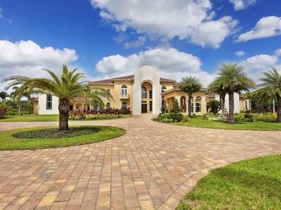 Maison unifamiliale for sales at 13607 Bella Ranch Lane  Southwest Ranches, Florida 33330 États-Unis