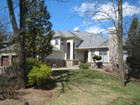 Einfamilienhaus for sales at Extraordinary Contemporary 13 Tillman Court Bridgewater, New Jersey 08807 Vereinigte Staaten
