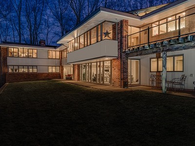 一戸建て for sales at Bernoudy-Design Contemporary Masterpiece 2 Deer Creek Hill Ladue, ミズーリ 63124 アメリカ合衆国