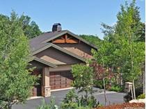 Casa para uma família for sales at Luxurious Main Level Living 7184 Canyon Dr   Park City, Utah 84098 Estados Unidos