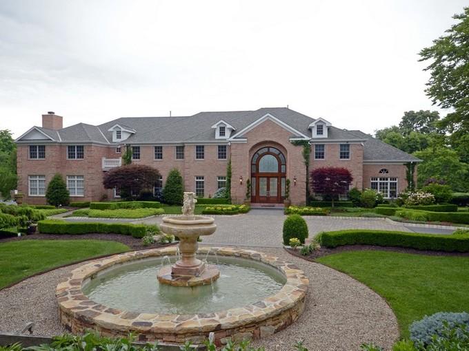 獨棟家庭住宅 for sales at 132 Heulitt Road  Colts Neck, 新澤西州 07722 美國