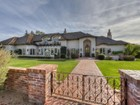Moradia for  sales at Signature Arcadia Tudor Estate is Gracious & Captivating 5521 E Exeter Blvd Phoenix, Arizona 85018 Estados Unidos