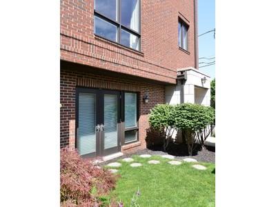 联栋屋 for sales at Bright and Spacious Townhose 1738 W Diversey Unit 5 Chicago, 伊利诺斯州 60614 美国
