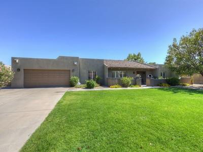 一戸建て for sales at Perfect Home In The Heart Of McCormick Ranch 8101 E Del Joya Drive Scottsdale, アリゾナ 85258 アメリカ合衆国