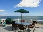 Casa para uma família for  open-houses at Right on the Beach! 73 Shore Road Clinton, Connecticut 06413 Estados Unidos