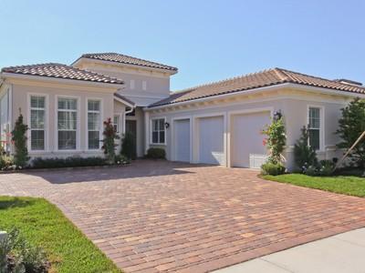 Nhà ở một gia đình for sales at 12240 Sunnydale 12240 Sunnydale Drive Wellington, Florida 33414 Hoa Kỳ