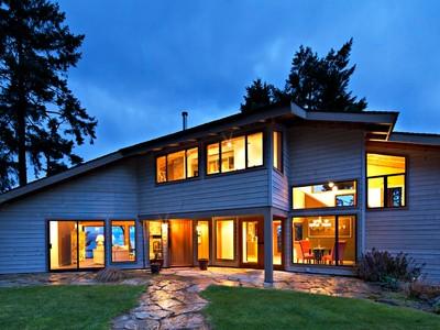 Casa para uma família for sales at Signature Architecture in Nature 191 Creekside Drive  Salt Spring Island, Columbia Britanica V8K2E4 Canadá