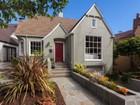Maison unifamiliale for  sales at Elegant Oakmore Tudor 4076 Waterhouse Road Oakland, Californie 94602 États-Unis