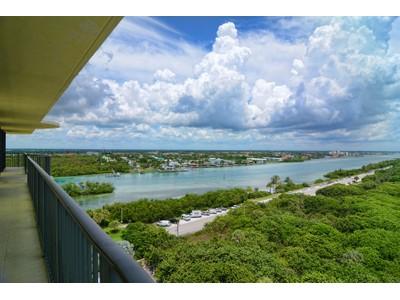 Condominio for sales at 400 Beach Rd #1101 400 Beach Rd Unit # 1101 Jupiter, Florida 33469 Stati Uniti