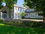 Maison unifamiliale for sales at FABULOUS COUNTRY HOME 46 Fairchild Road Sharon, Connecticut 06069 États-Unis