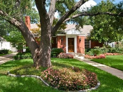 一戸建て for sales at 205 Williamburg Lane  Fort Worth, テキサス 76107 アメリカ合衆国