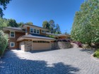 Moradia for sales at Rare One-Level Home in Tiburon 2 Old Landing Road Tiburon, Califórnia 94920 Estados Unidos