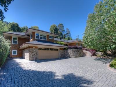 Nhà ở một gia đình for sales at Rare One-Level Home in Tiburon 2 Old Landing Road Tiburon, California 94920 Hoa Kỳ