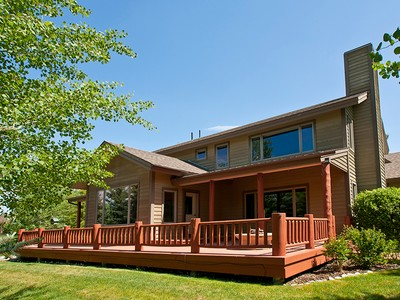 Moradia for sales at Home on the Pond in Melody Ranch 4135 Sandy Creek Lane Jackson, Wyoming 83001 Estados Unidos