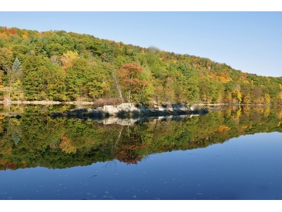 Land for sales at Private Lakefront 30 Lorillard Rd  Tuxedo Park, New York 10987 United States
