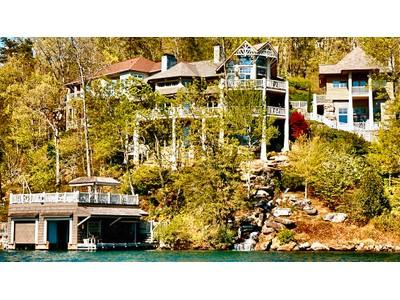 Moradia for sales at Architectural Waterfront Masterpiece 1883 Buffalo Shoals Road Lake Lure, Carolina Do Norte 28746 Estados Unidos