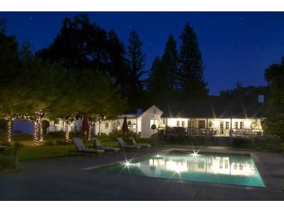 Nhà ở một gia đình for sales at 15501 Pozzan Road    Healdsburg, California 95448 Hoa Kỳ