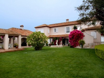 Maison unifamiliale for sales at Varian Ranch French Country Estate 2520 Nightshade Place Arroyo Grande, Californie 93420 États-Unis