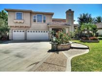 Casa para uma família for sales at 18956 Silverpit Lane    Huntington Beach, Califórnia 92648 Estados Unidos