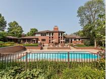 独户住宅 for sales at Spectacular Single Family Home on Over Three Acres 1818 Duffy Lane   Bannockburn, 伊利诺斯州 60015 美国