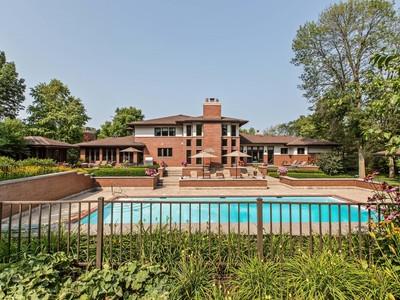 Nhà ở một gia đình for sales at Spectacular Single Family Home on Over Three Acres 1818 Duffy Lane Bannockburn, Illinois 60015 Hoa Kỳ