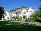 Einfamilienhaus for  sales at Exquisite Colonial with Pool 50 Cattle Pen Lane Ridgefield, Connecticut 06877 Vereinigte Staaten