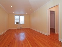 Cooperativa for sales at Huge & Renovated 1 Bedroom 5639 Netherland Avenue 3E   Riverdale, Nueva York 10471 Estados Unidos