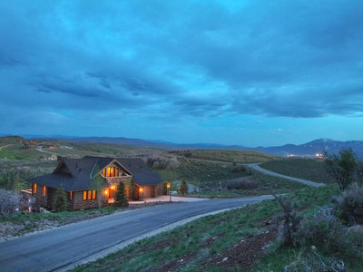 Nhà ở một gia đình for sales at Fully Upgraded  With Mountain & Golf  Views 9388 Dye Cabins Dr  Park City, Utah 84098 Hoa Kỳ