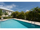 タウンハウス for rentals at West Point Town Homes, Cayman Islands real estate West Point Town Homes, NW Point Rd West Bay, グランドケイマン Cayman ケイマン諸島